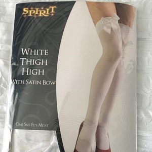 🎃 White Thigh High socks 🎃
